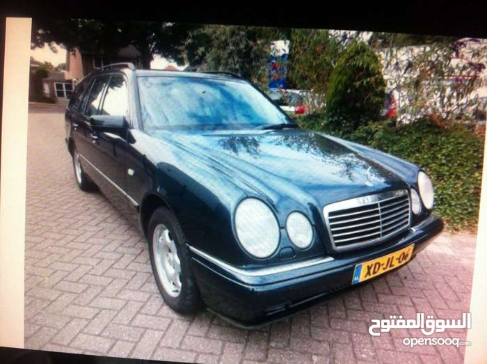+200,000 km mileage Mercedes Benz E 280 for sale