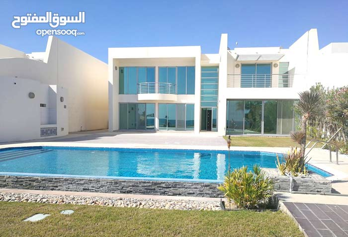 Semi Furnished 5 Bedroom  gorgeous Villa for Rent in  Durrat Al Bahrain  : 66388216
