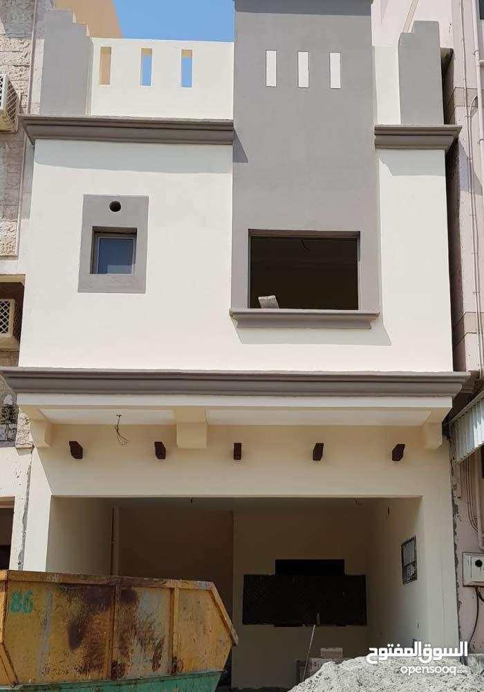 للبيع بيت جديد في الرفاع الشرقي ب 140 الف