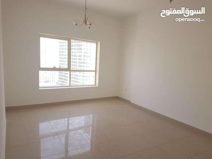 شقة 3 غرف و صالة بالقصباء .