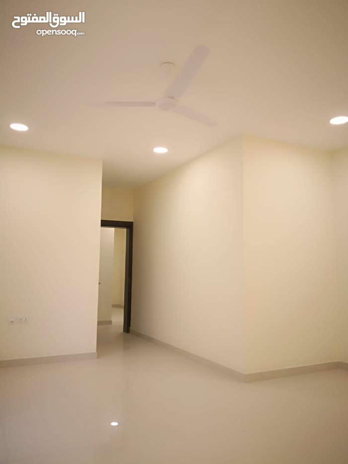 للبيع شقة جديدة في البسيتين 149.2 متر ب 77 الف دينار