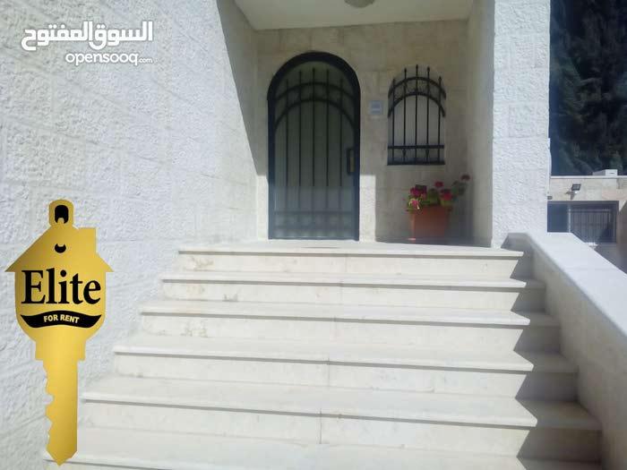 شقه طابق اول للايجار في الاردن - عمان - عبدون بمساحه 260م