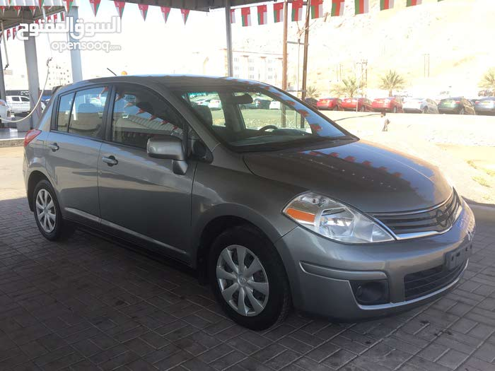 Used condition Nissan Versa 2011 with  km mileage