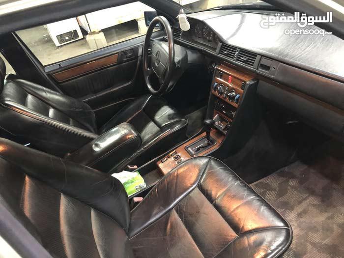 Mercedes Benz E 300 1991 For sale - Silver color