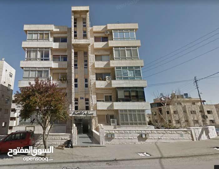 مكاتب للايجار بالشميساني شارع عبد الحميد شرف بناية رقم 84
