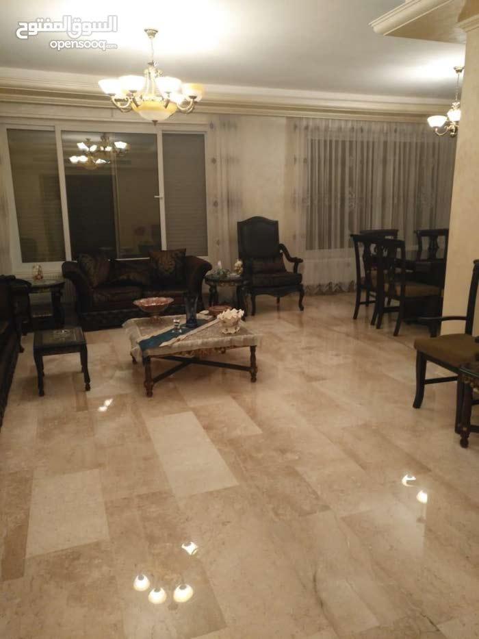 شقة سوبر ديلوكس مساحة 263 م² - في منطقة الرابية للبيع