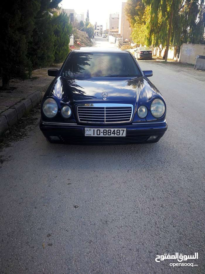 Mercedes Benz E 240 1998 For sale - Blue color