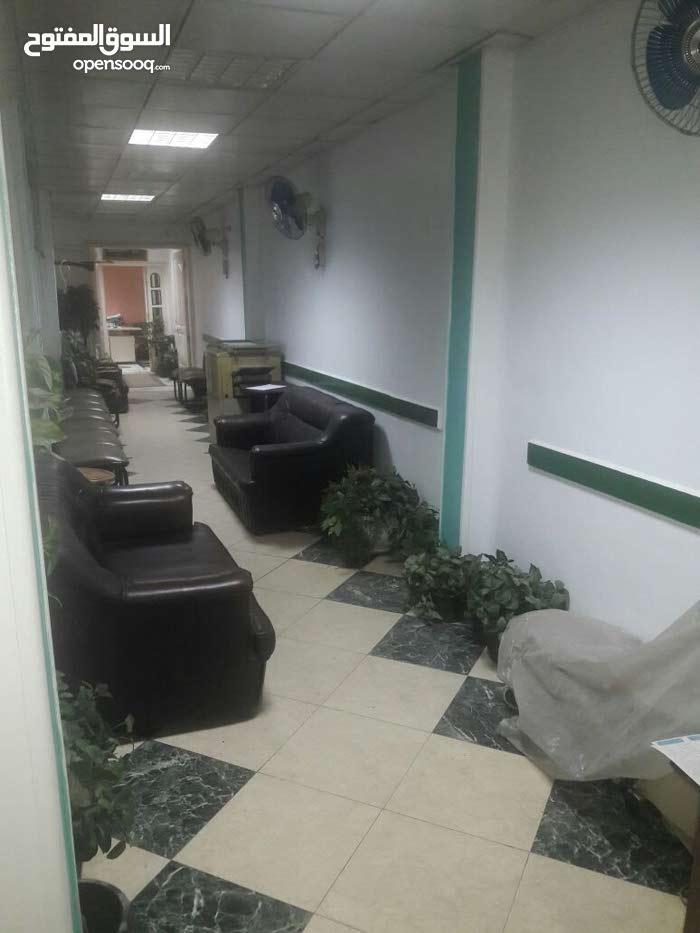 للبيع مقر ادارى مساحة 120 يصلح لجميع الاغراض بمكرم عبيد- مدينة نصر