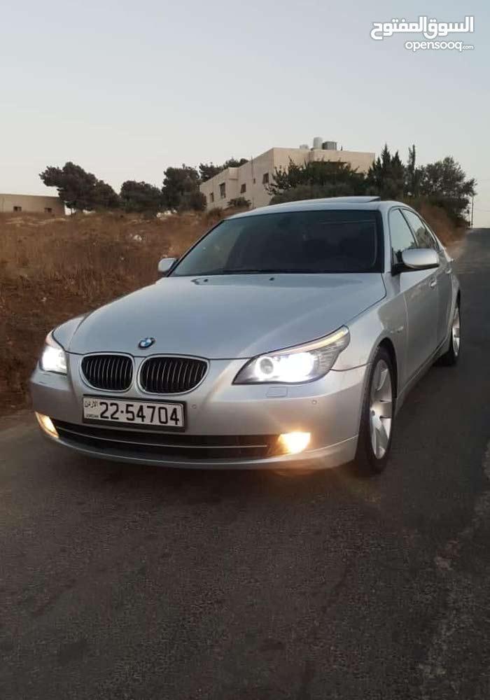BMW E60 - 530 لون سلفر ميتلك بحال الوكالة