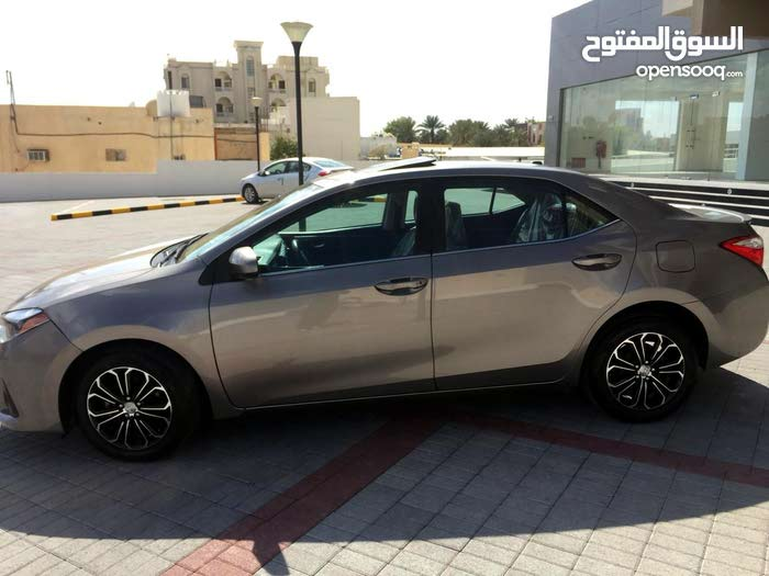 Used condition Toyota Corolla 2014 with 60,000 - 69,999 km mileage