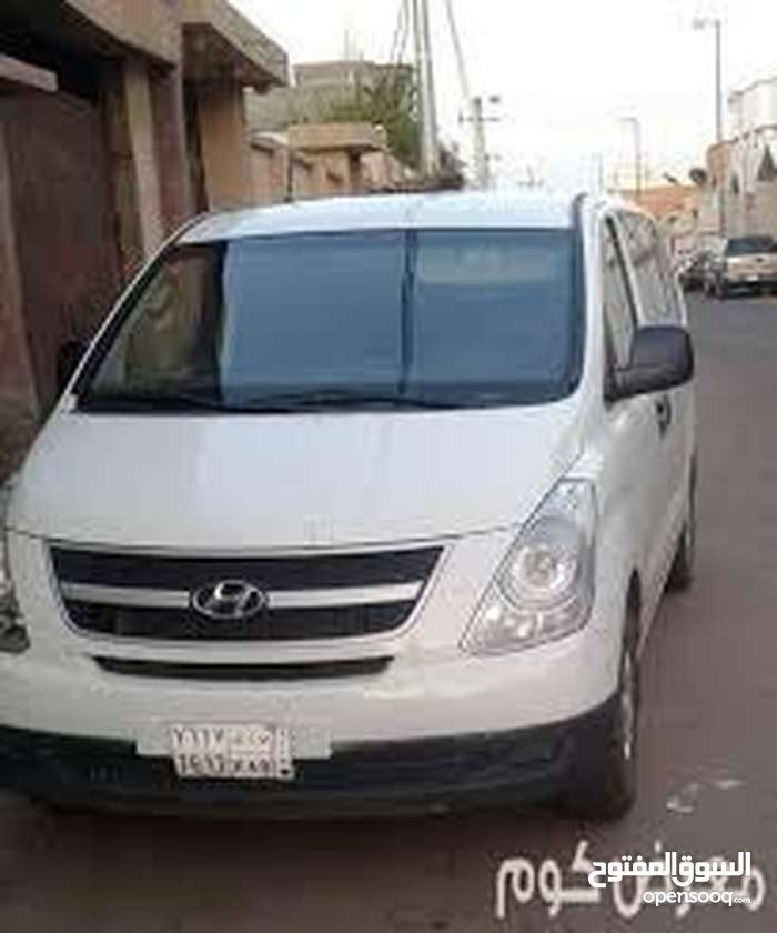 80,000 - 89,999 km Hyundai H-1 Starex 2011 for sale