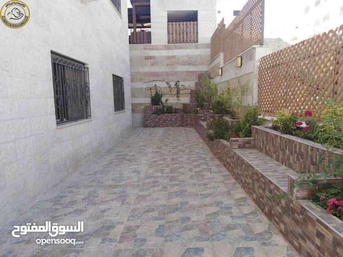 شقة مميزة للبيع في تلاع العلي 175م مع حديقة وترسات 250م لم تسكن
