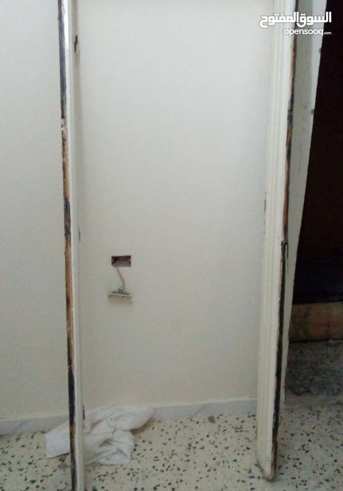 Directly from the owner Used Doors - Tiles - Floors for sale