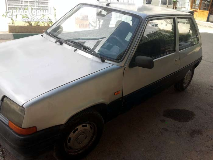 voiture super5 mliha 1986