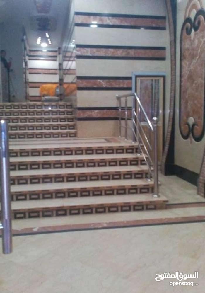 شقة للبيع بميامي شارع مدارس القدس بمقدم 130 الف استلام فوري