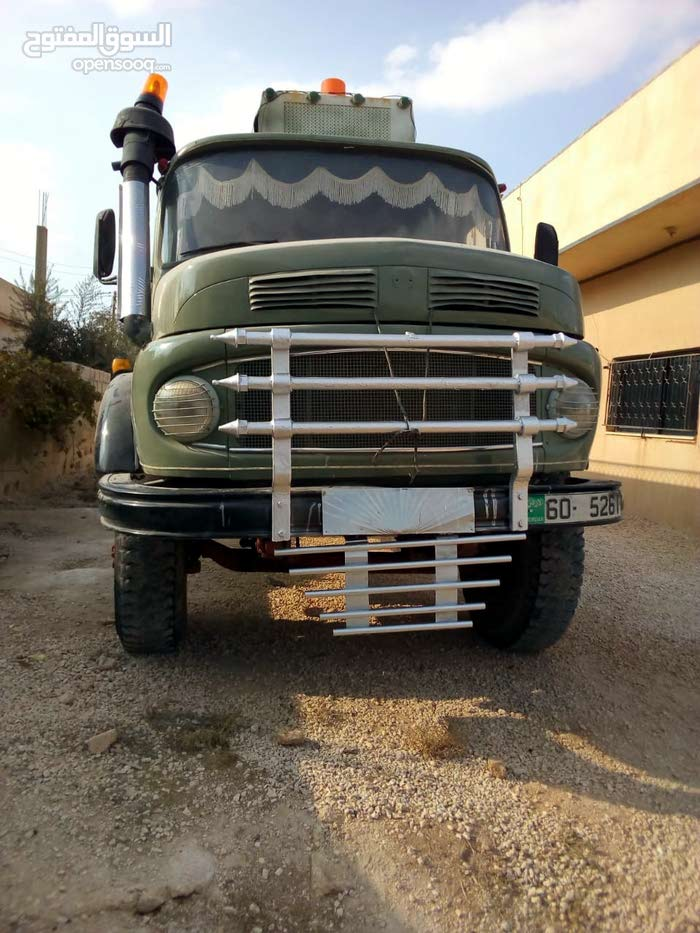 A Truck is up for sale with a very good specifications