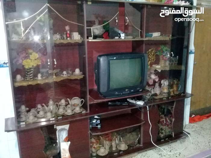 المعرض +التلفزيون للبيع