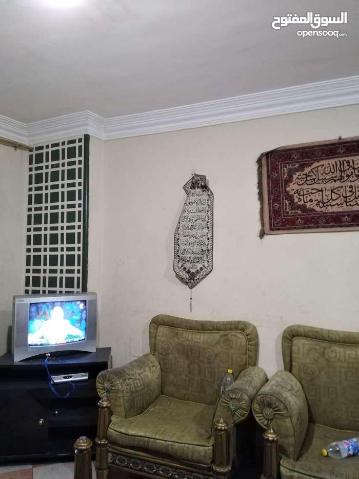 شقه 120 متر مكيفه بشارع العريش بين فيصل والهرم للايجار الشهرى او اليومى
