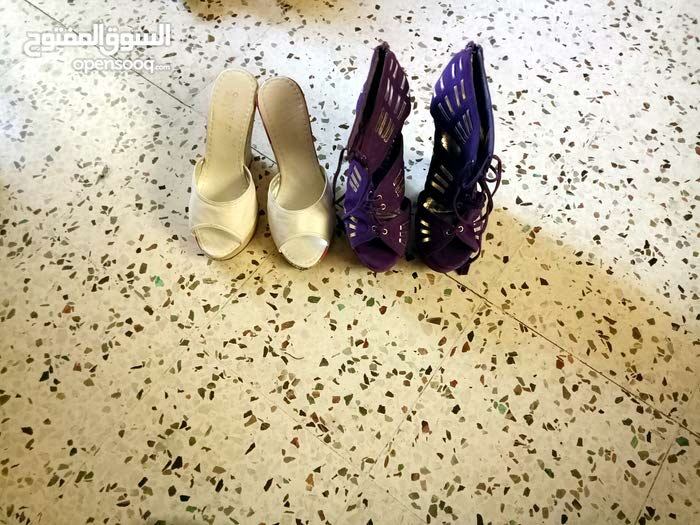 الحذاء جديد