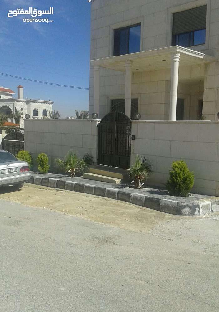 بيت للبيع في ابو علندا اسكان الكهرباء