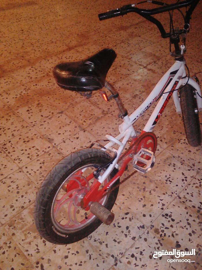 دراجة بي ام اكس للبيع او التبديل