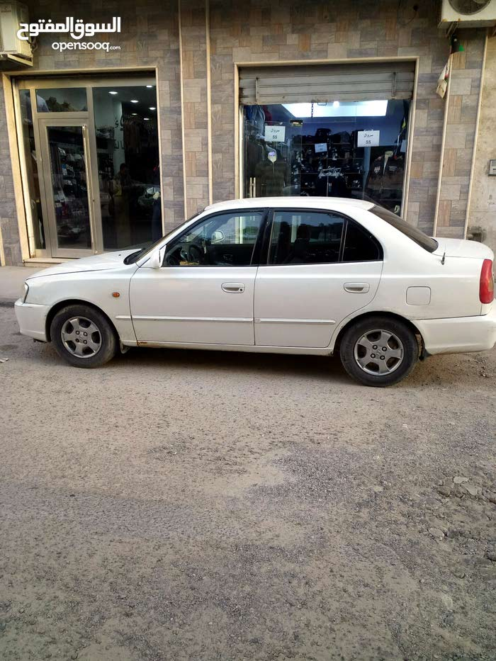 Used condition Hyundai Verna 2002 with 1 - 9,999 km mileage