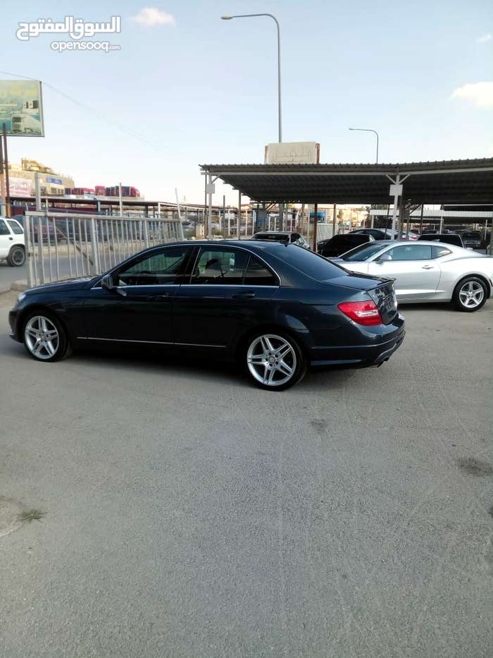 Available for sale! 60,000 - 69,999 km mileage Mercedes Benz C 200 2013