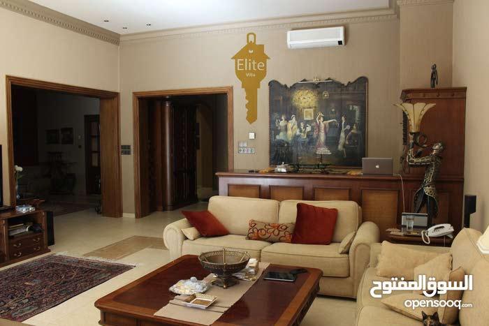 Villa in Al Kursi - Amman and consists of More Rooms and More than 4 Bathrooms
