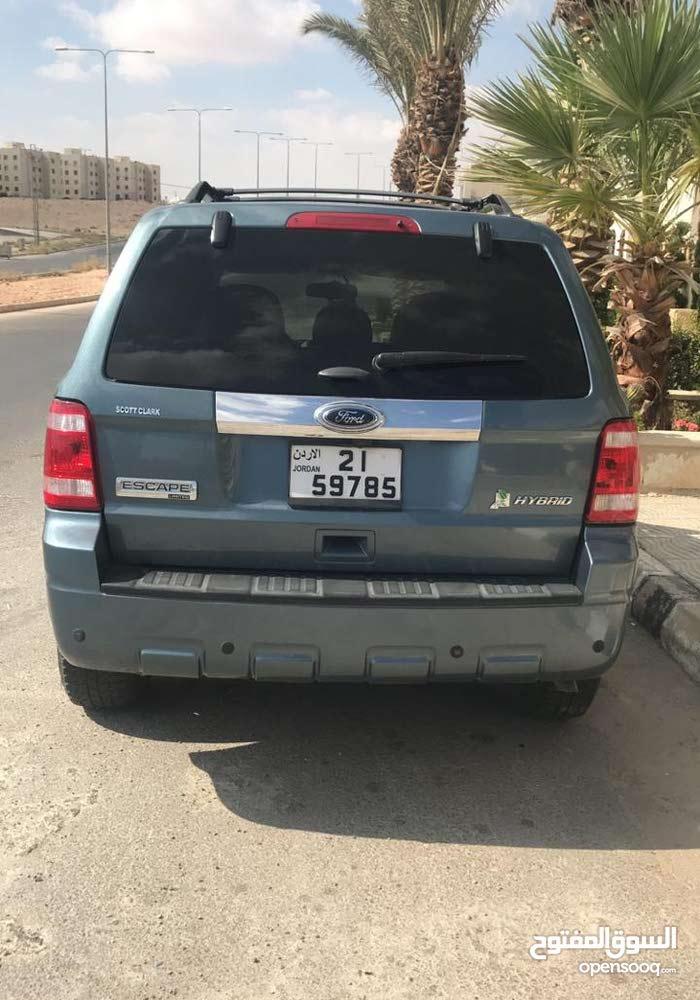 +200,000 km Ford Escape 2011 for sale