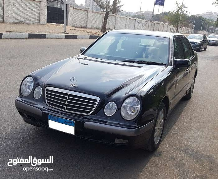Mercedes Benz E 200 2000 in Cairo - Used