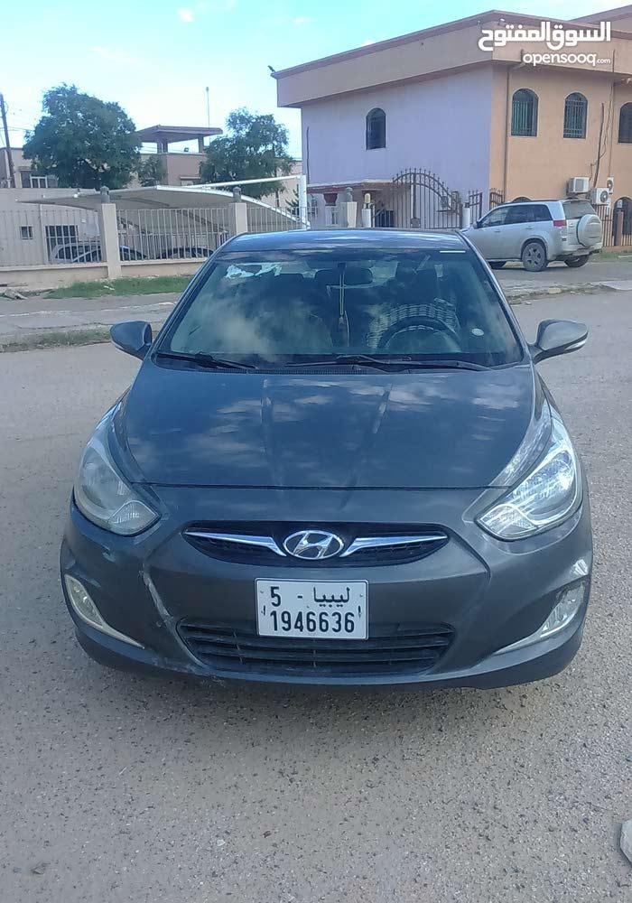 Manual Silver Hyundai 2012 for sale