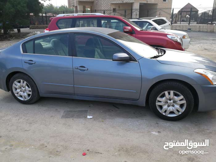 Available for sale! 50,000 - 59,999 km mileage Nissan Altima 2012