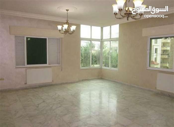 Deir Ghbar apartment for sale with 3 rooms