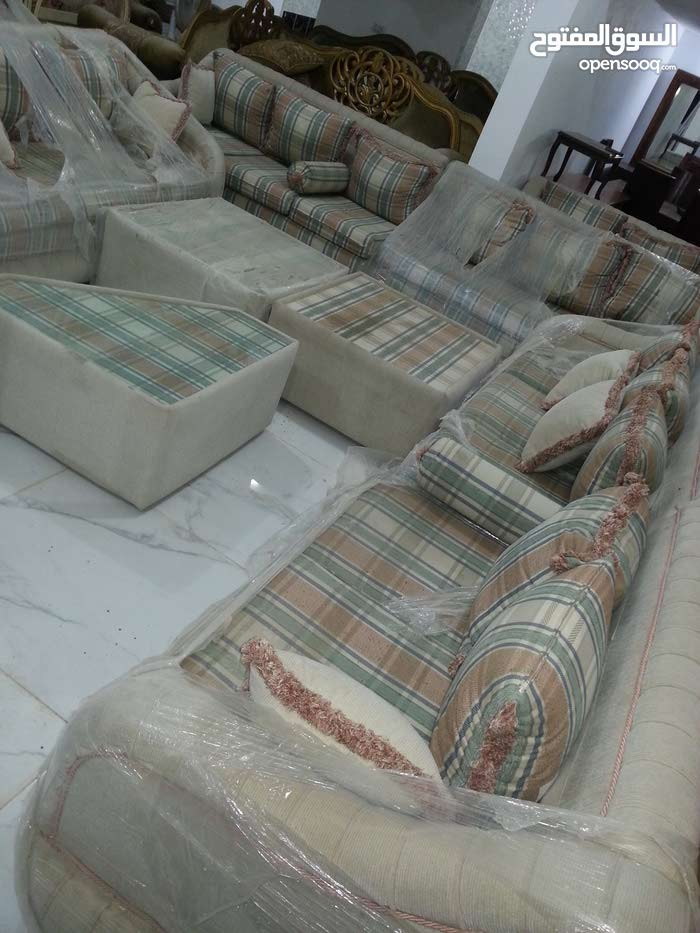 Mafraq – A Sofas - Sitting Rooms - Entrances available for sale