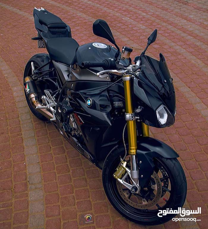 BMW motorbike available in Muscat