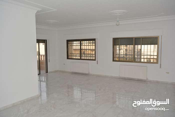 شقة 202 م في خلدا للبيع
