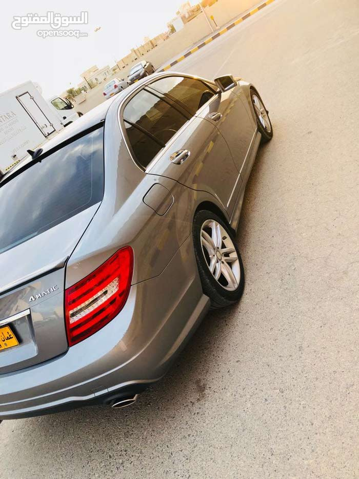 Automatic Mercedes Benz 2012 for sale - Used - Nizwa city