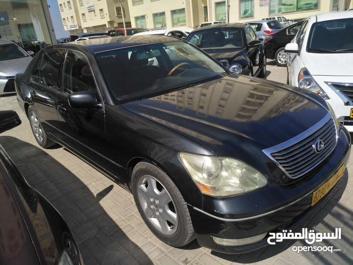 Lexus LS 2004 For sale - Grey color
