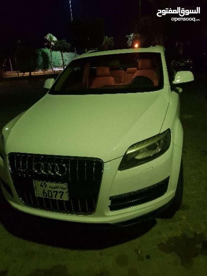 White Audi Q7 2010 for sale