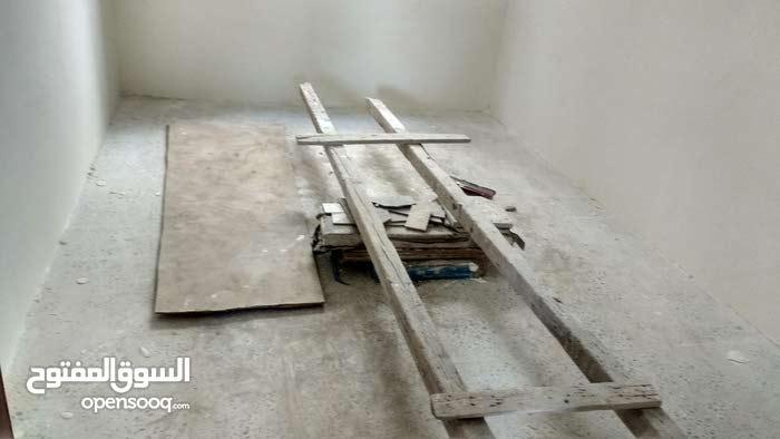 بيت مسلح قواعد وعمدان للبيع  28مليون صنعاء خط المطار الجديد