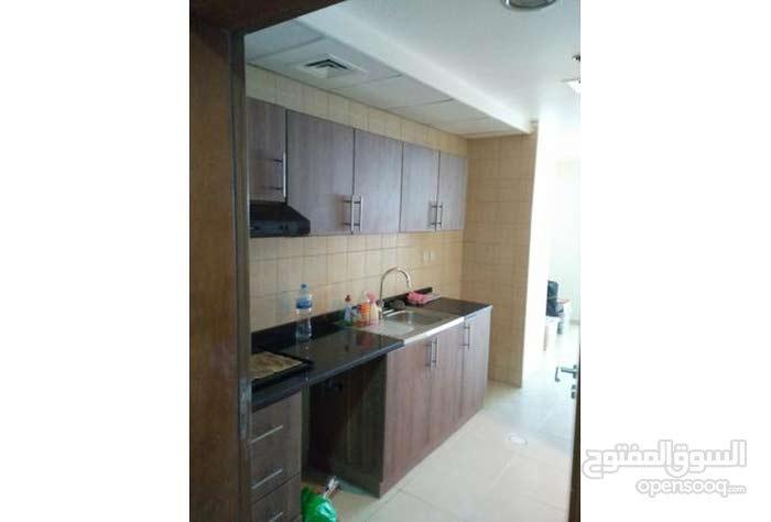 شقة غرفة وصالة للبيع فى ابراج عجمان وان