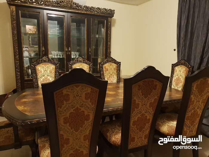 غرفة سفرة طعام ملكية