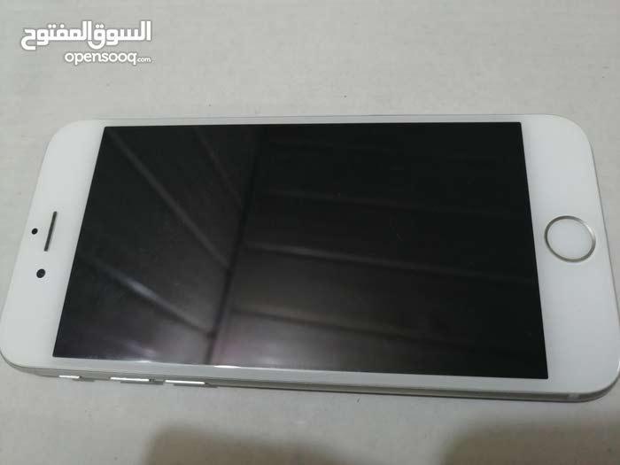 ايفون 6 ذاكره 16 لون سلفري نظافة 99% الجهاز ما مفتوح ولا مصلح سعر الجهاز 225 وبي
