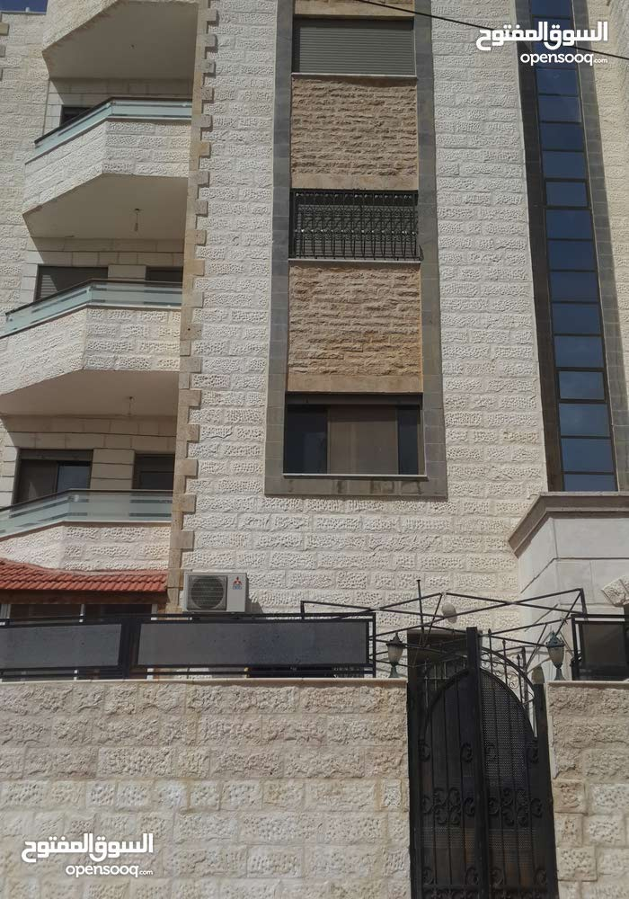 Best property you can find! Apartment for sale in Shafa Badran neighborhood