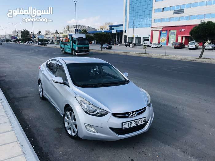Used condition Hyundai Avante 2012 with 10,000 - 19,999 km mileage