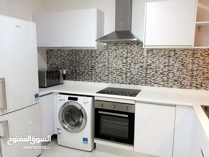 Flat for rent in juffeir