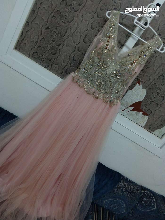 فستان اعراس اوخطب عدد 2 للبيع استخدام مرة واحدة