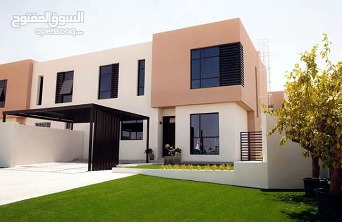 Villa for sale in Sharjah - Al Tayy Suburb directly from the owner