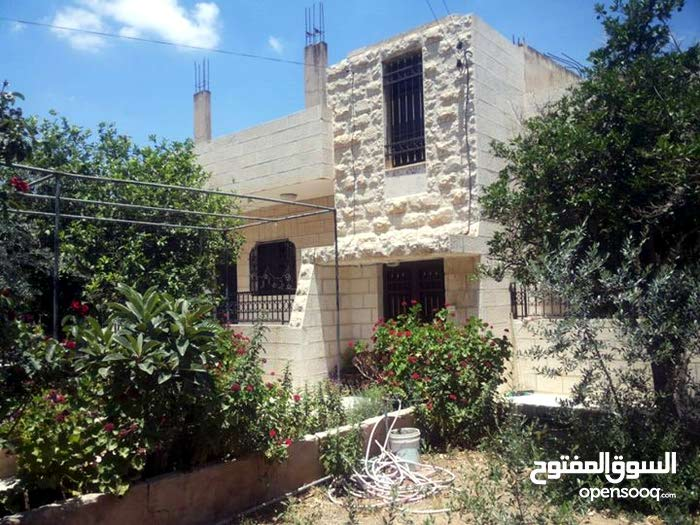excellent finishing palace for sale in Salt city - Ein Al-Basha