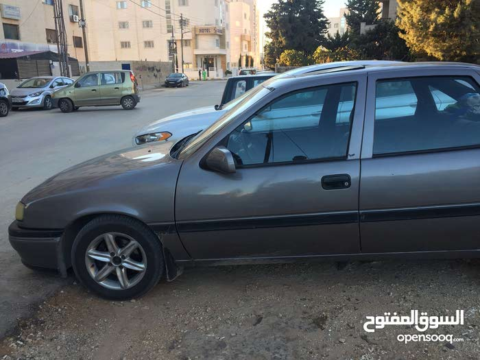 1991 Used Vectra with Manual transmission is available for sale